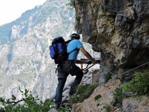 climbing-850471_640